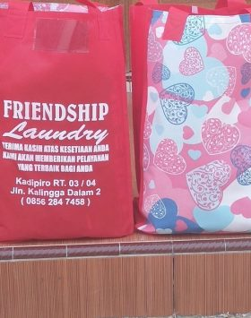Tas Laundry Friendship Laundry Merah taslaundry.com