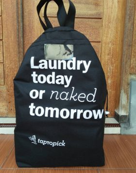 Tas Laundry Laundry Today or Naked Tumorrow Hitam