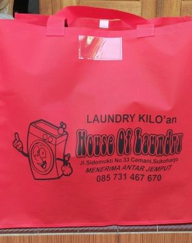 Tas laundry House Of Laundry Merah taslaundry.com